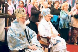 patrijarh-irinej-i-vladika-mitrofan-na-liturgiji